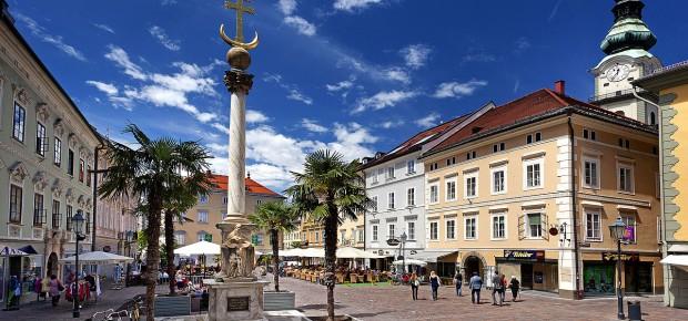 klagenfurt-alter-platz-dreifaltigkeitssaeule--oesterreich-werbung-Julius-Silver.jpg.3064147.jpg